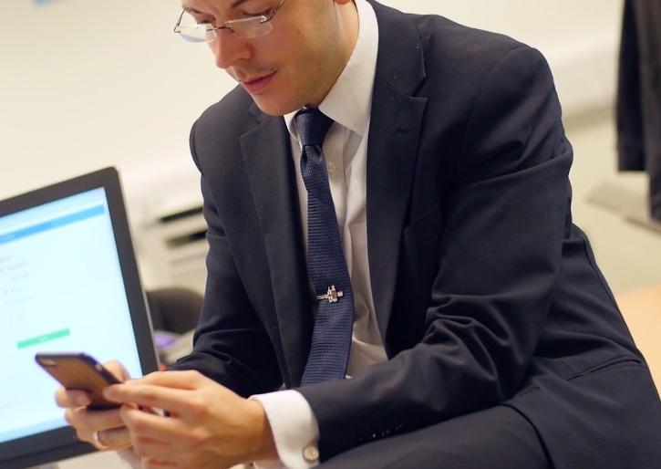 Intelligent Office Employee App