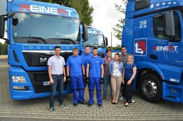 Die neuen Azubis und Azubinen von REINERT Logistics 2016